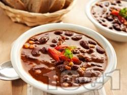 Мексиканска бобена супа с царевица и чушки - снимка на рецептата
